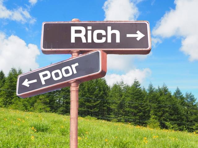 資産運用 経済的自由